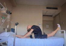 Adelina Fominykh operada de rodilla