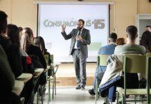 el consejero de Economía, Empleo y Competitividad del Gobierno regional, Manuel Giménez