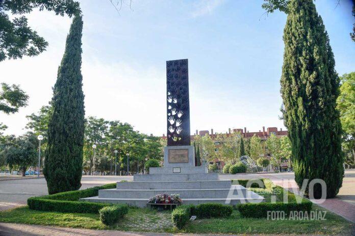 Manumento homenaje a las víctimas del 11M, de Luis Arencibia